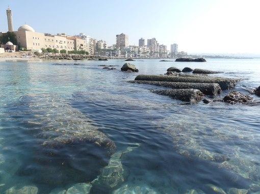1280px-SubmergedEgyptianHarbour_TyreSour_Lebanon_RomanDeckert04112019